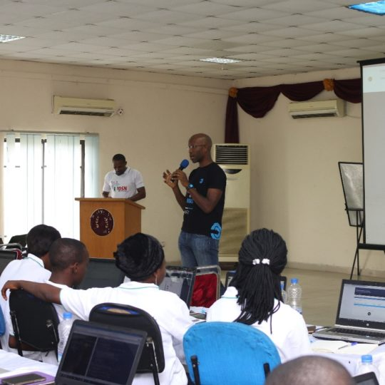 https://www.datasciencenigeria.org/wp-content/uploads/2017/11/bootcamp-training-5-540x540.jpg