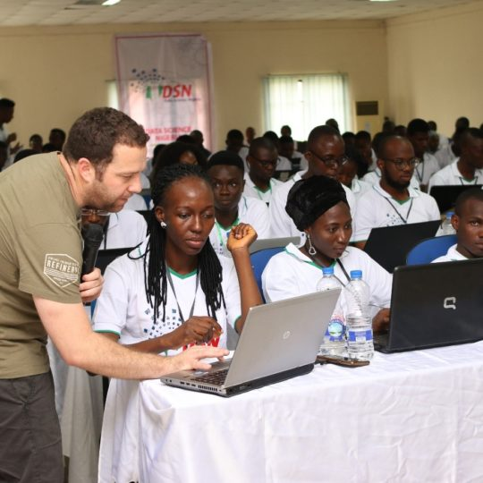 https://www.datasciencenigeria.org/wp-content/uploads/2017/11/bootcamp-training-540x540.jpg